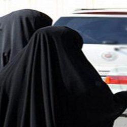 شاهد: أول صور لتطبيق التباعد بين المصلين على السجاد في مساجد المملكة