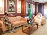 سمو نائب أمير جازان يستقبل مدير فرع المجاهدين المعين بالمنطقة